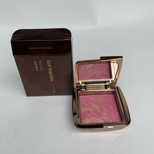 Hourglass Ambient Strobe Lighting Blush
